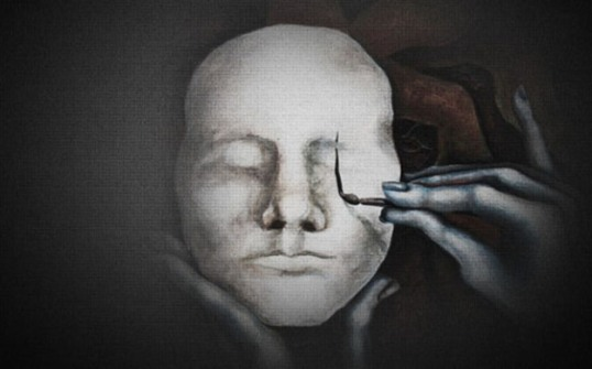 katreneedotcom_hands_painting_mask1